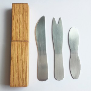 Canadian Carnival Cutlery Set